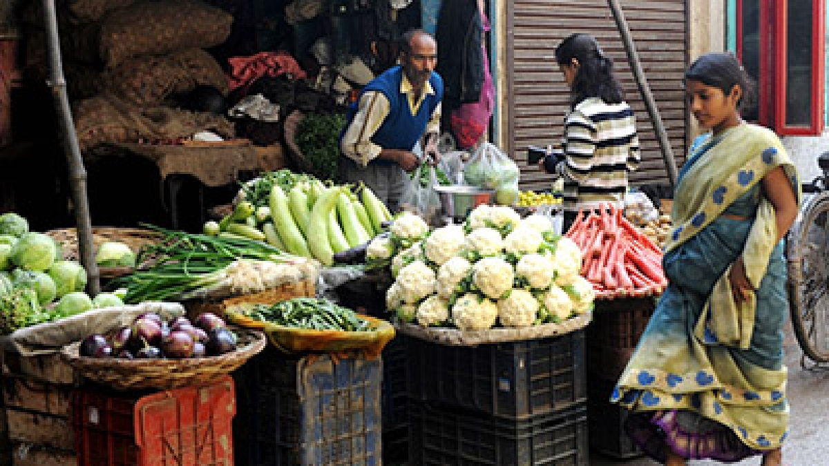 Retail inflation hits 16-month high of 4.62% in October