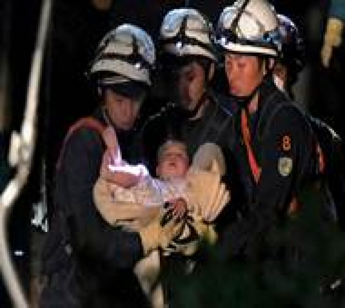 Baby rescued after strong quakes hit Japan