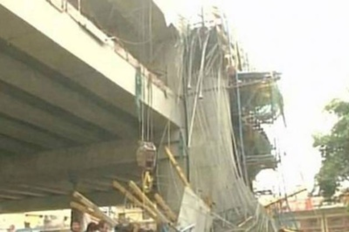 Lucknow Metro shuttering collapses; 8 hurt, no loss of life