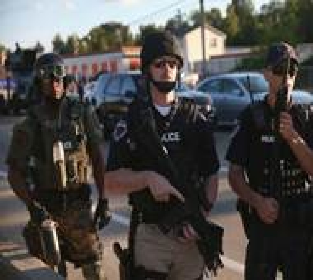 Separate US shootings in two states leave 14 dead