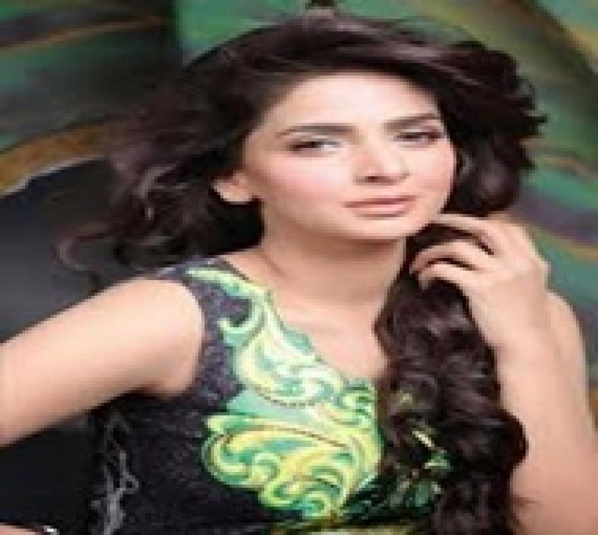My Bollywood debut film is a little like 'Piku': Saba Qamar