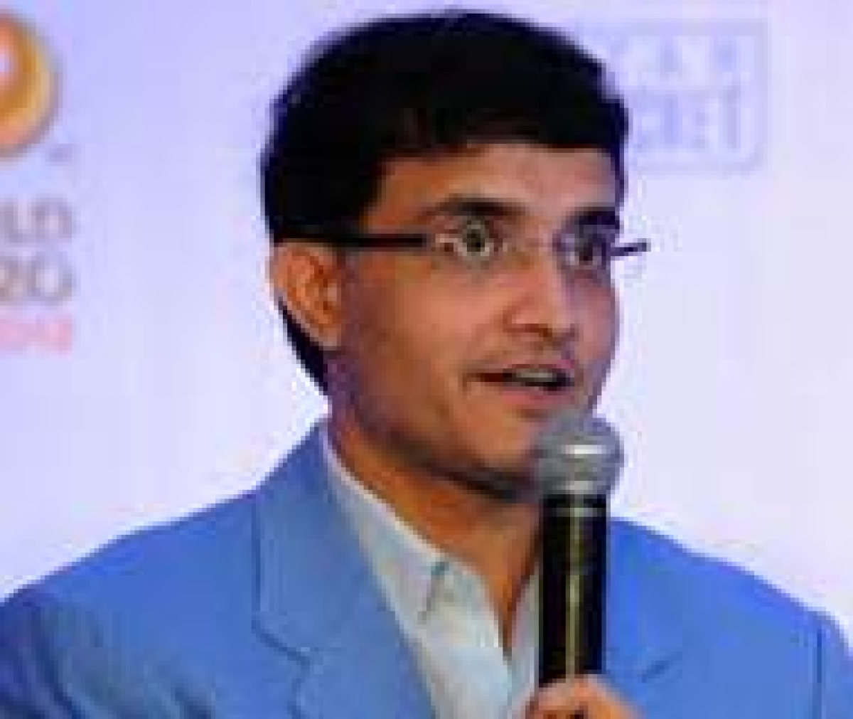 Ganguly to walk the ramp for cancer fundraising