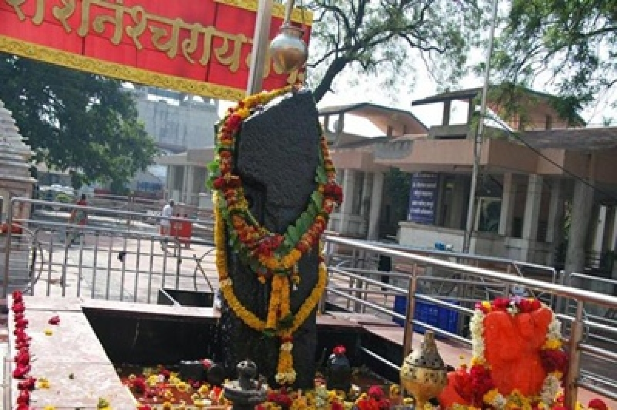 Despite HC ruling, women prevented from entering Shani temple