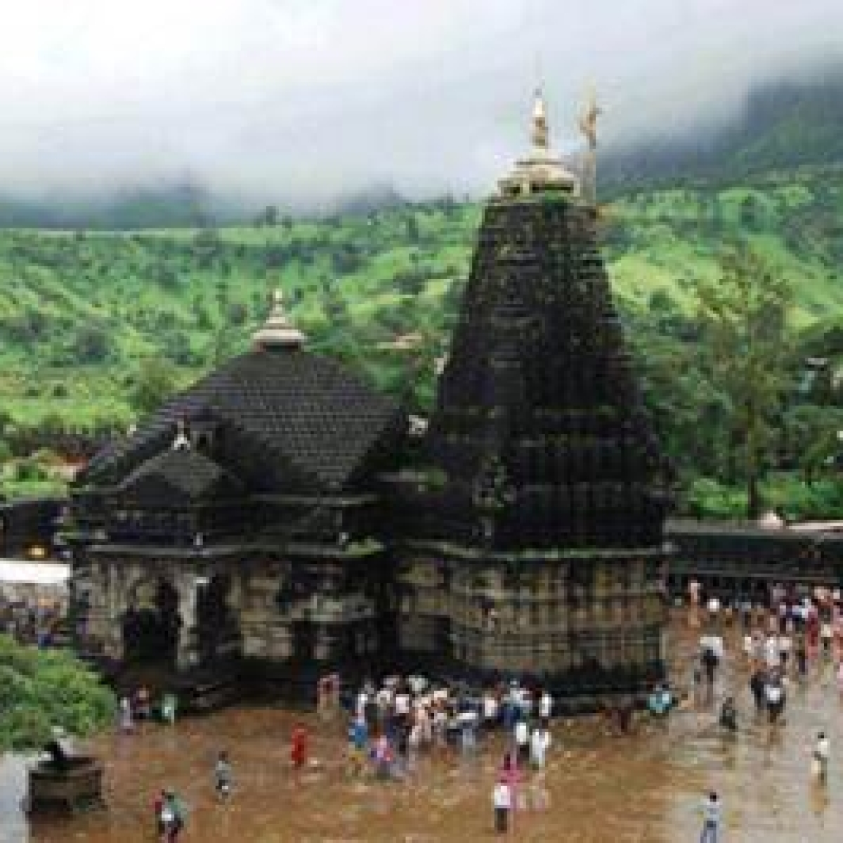 MahaShivratri: No entry for devotees in Trimbakeshwar