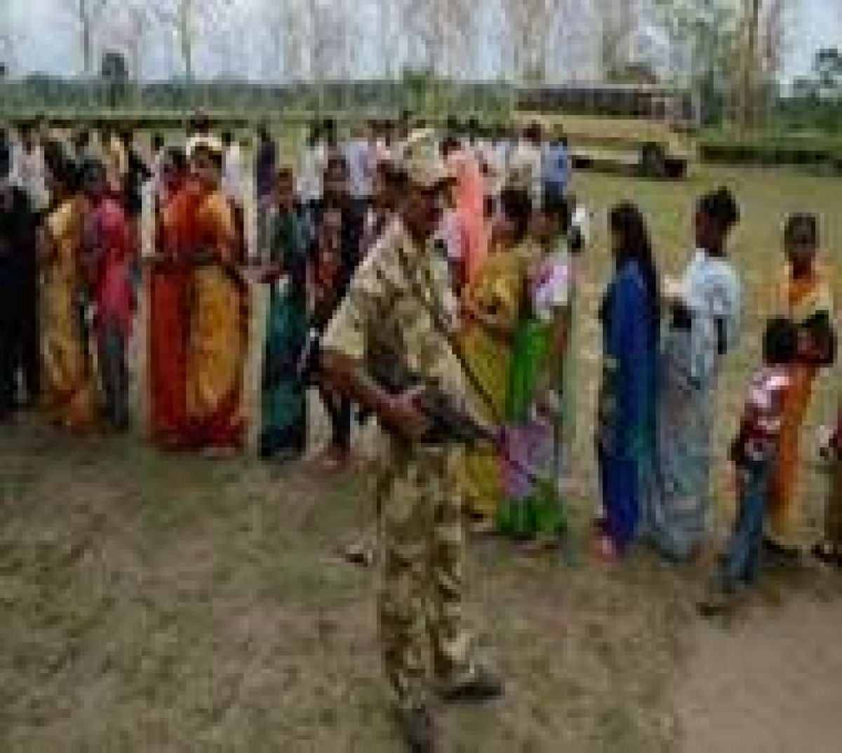 Nine persons injured in post-poll clashes in WB