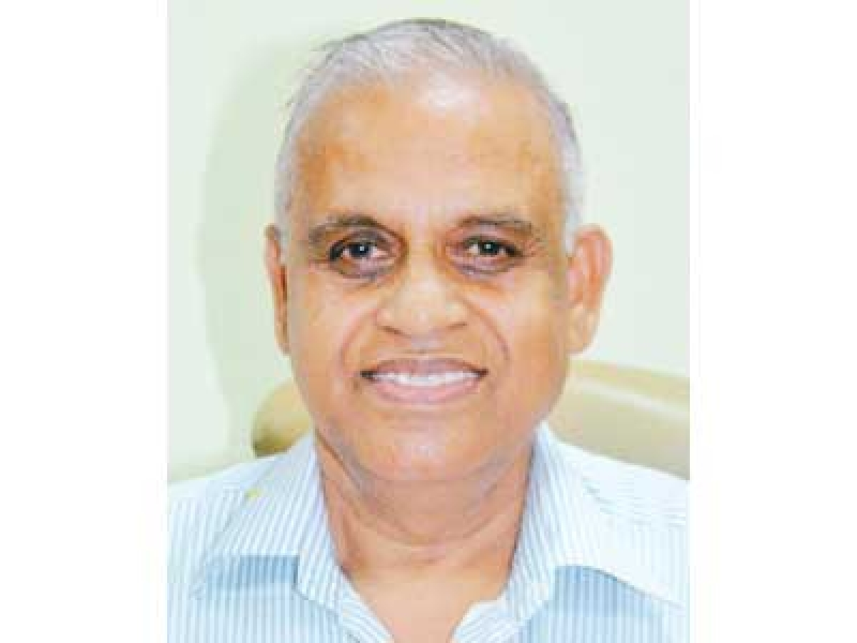 DAVV VC Dr Narendra Dhakad changes heads of three teaching departments in Indore