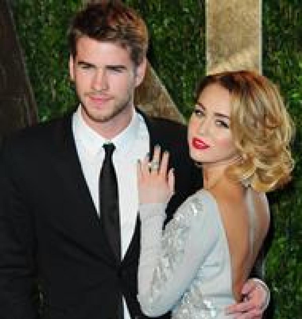Hollywood Talk: Miley devastated after Liam files for divorce