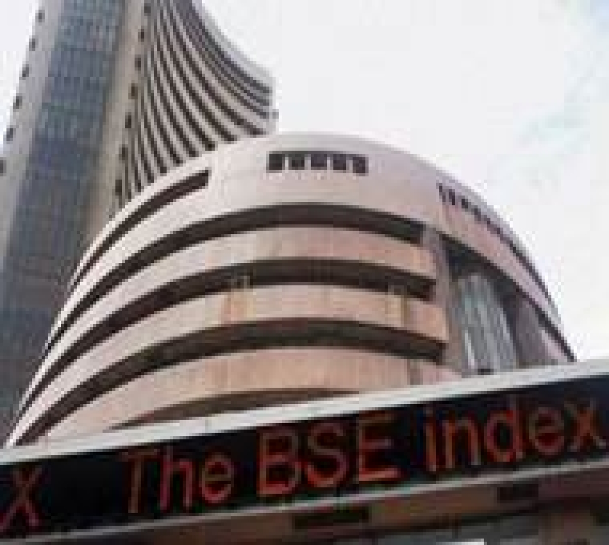 Sensex ends up 134 pts, Nifty misses 8400; Coal India up