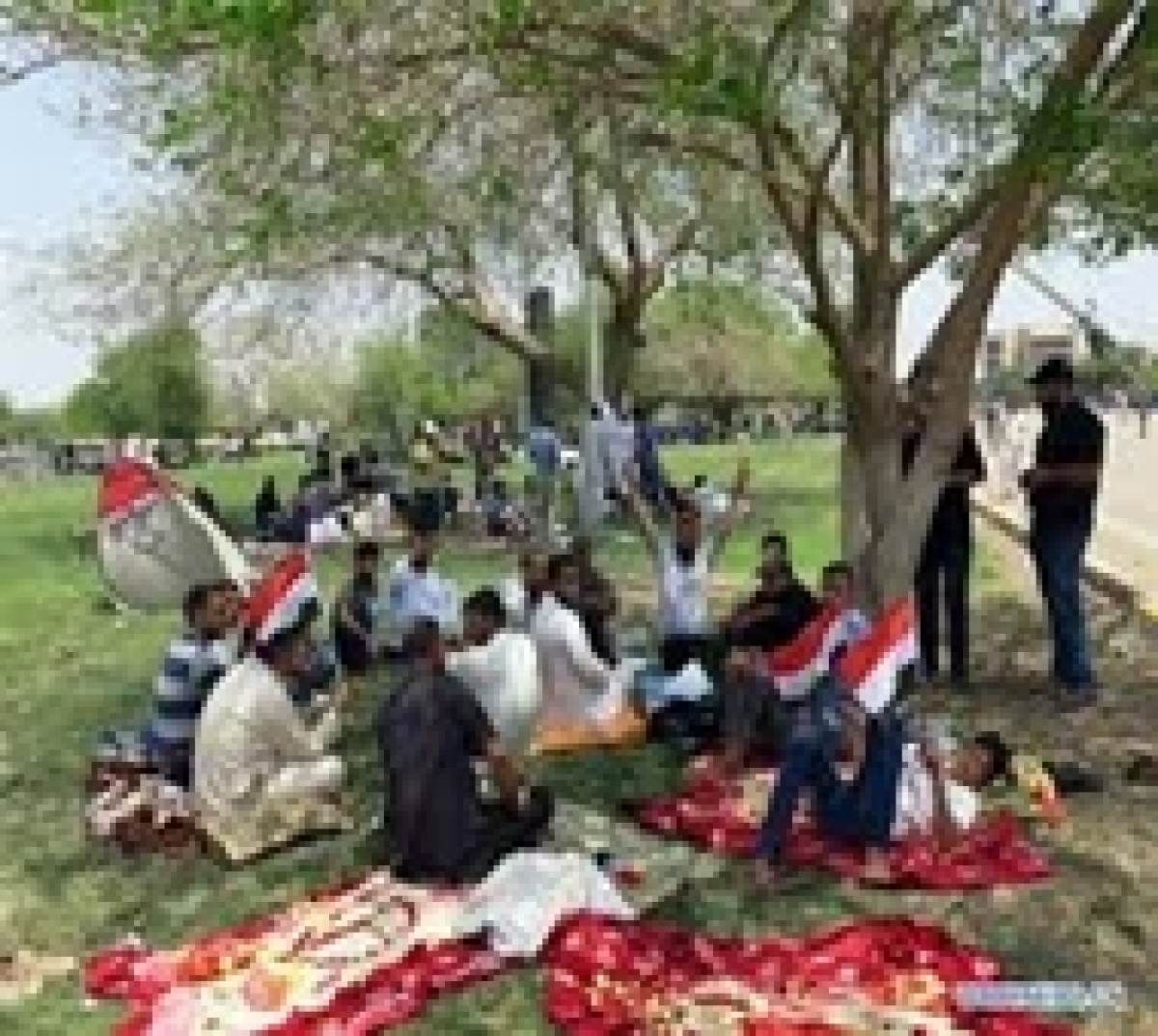 Iraqi forces shut down Baghdad amid political crisis