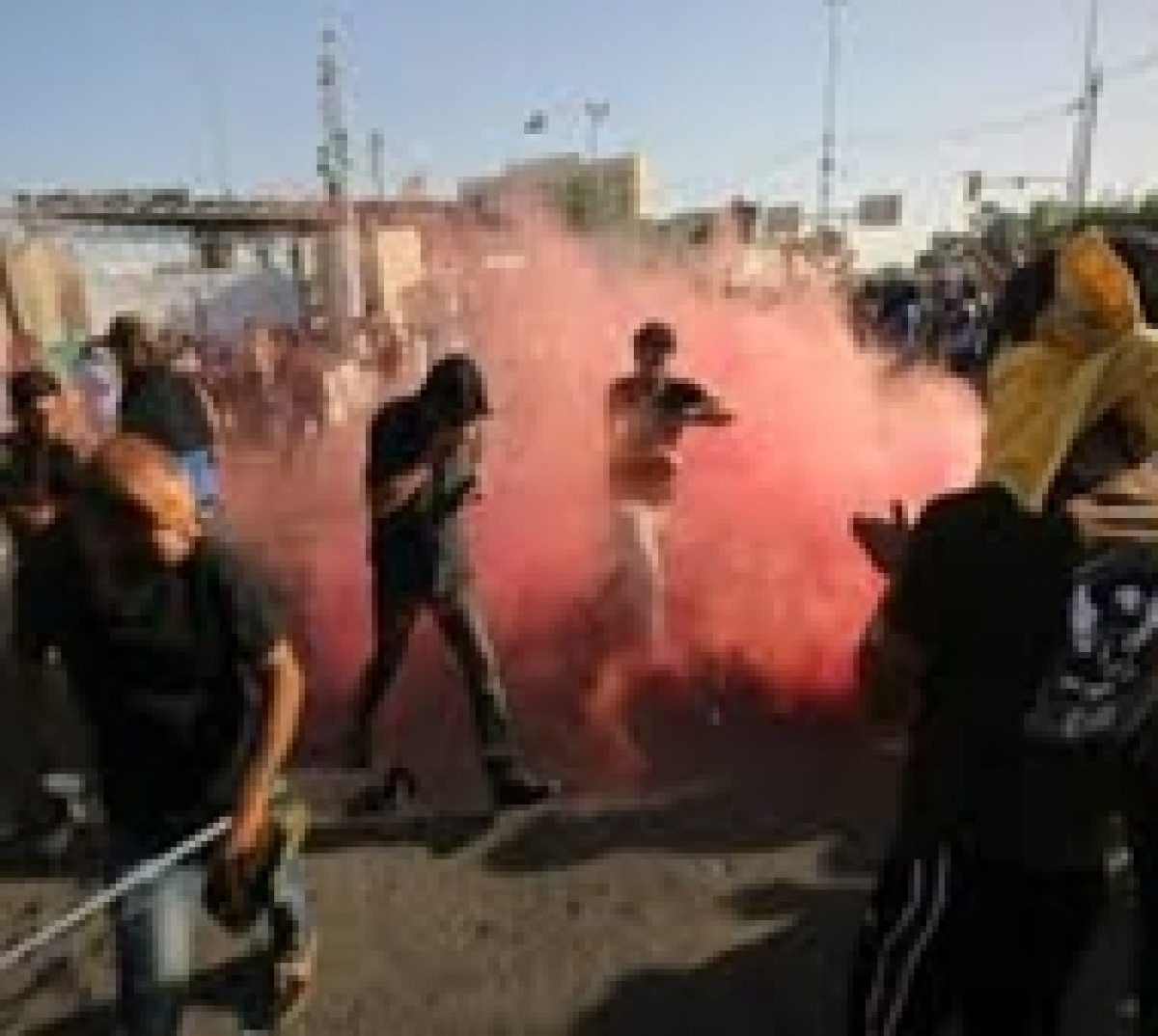 Iraq forces killed at least 2 protesters in Baghdad officials