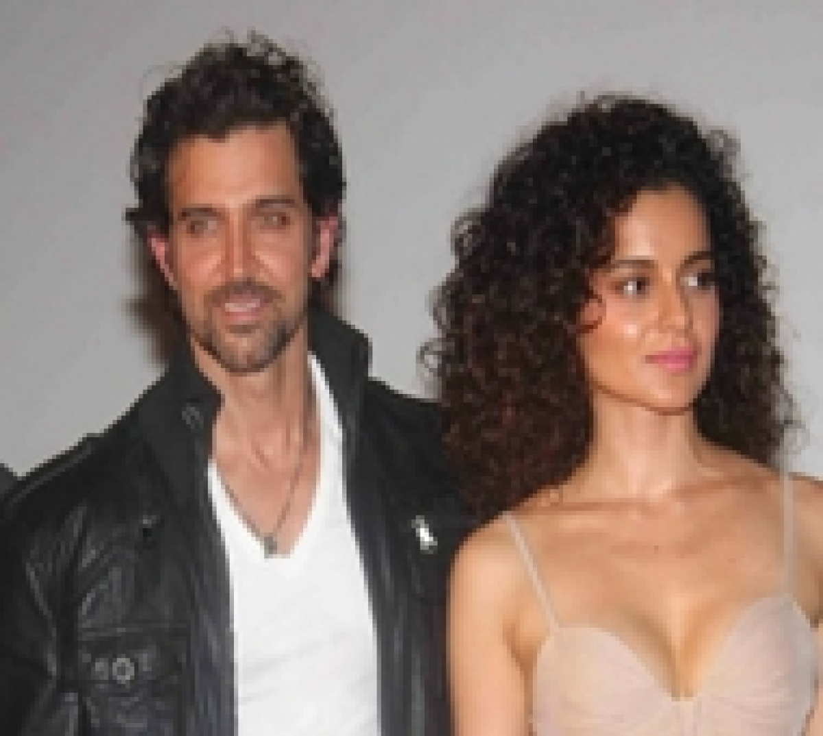 """""""Why does Hrithik Roshan need his father to rescue him"""",says Kangna Ranaut"""