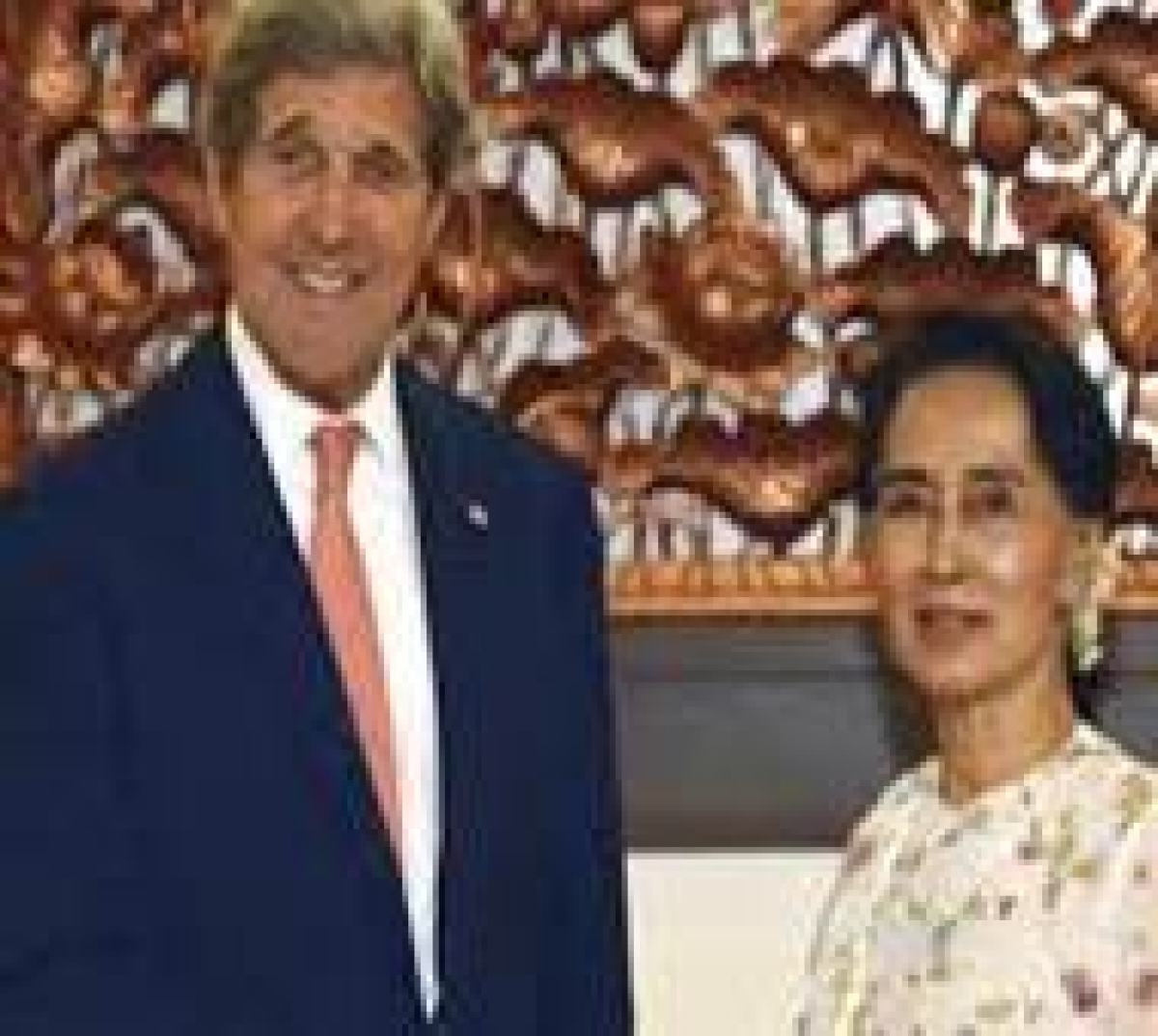 Kerry hails 'remarkable' Myanmar changes after Suu Kyi talks