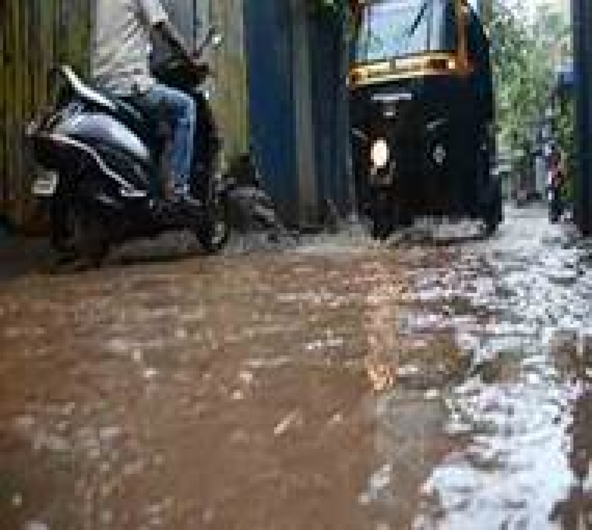 Mumbai Metropolitan Region Development Authority starts a control room and helpline for monsoon