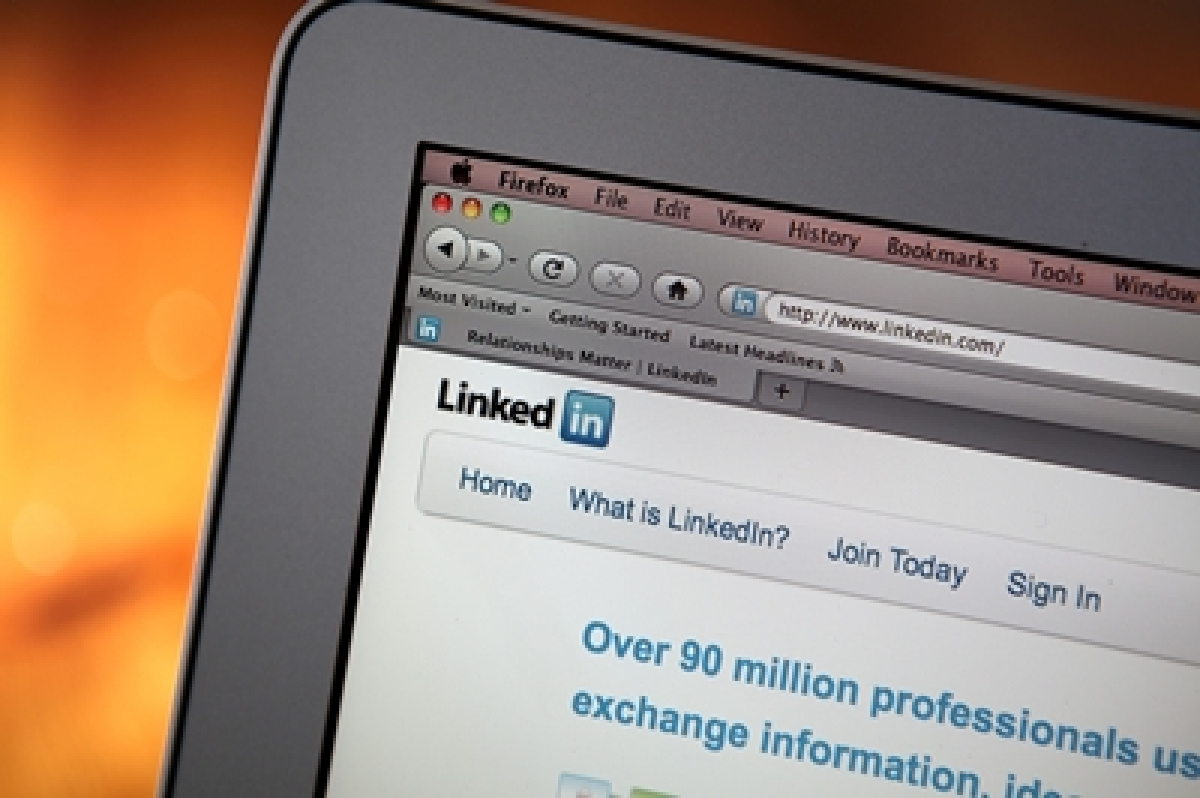 Microsoft sees 46% drop in hiring, only 3 jobs openings at LinkedIn