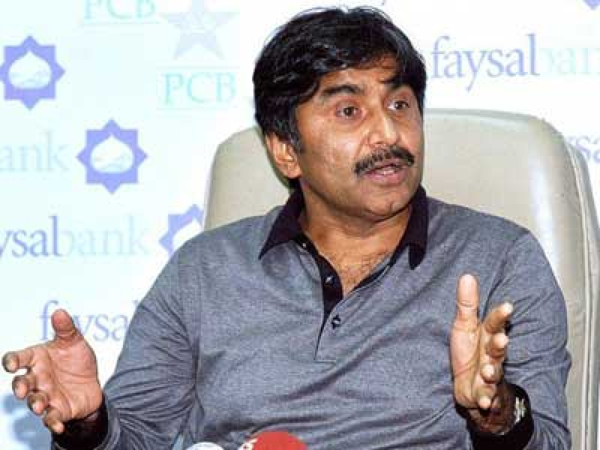 Miandad slams PCB for 'exhausting' players