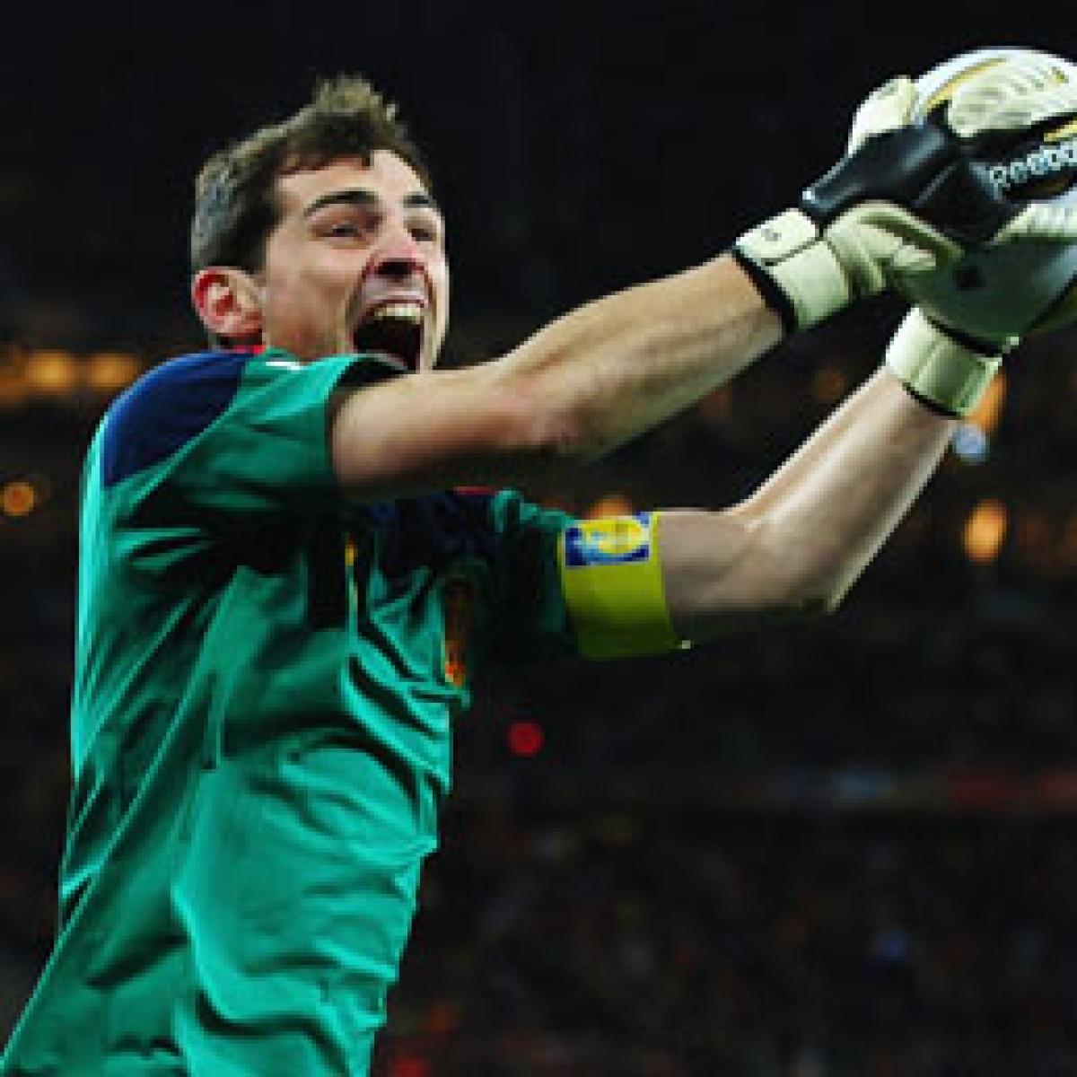 '11+2=13': Iker Casillas' reminds Gerard Pique of Madrid's Champions League title