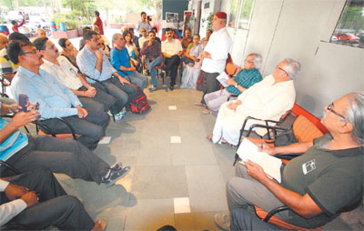Activists to launch movement to save Pipliyahana Lake
