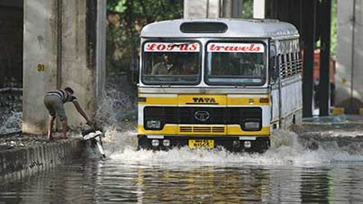 Indore: Delayed monsoon, soaring humidity fuel longing for rain