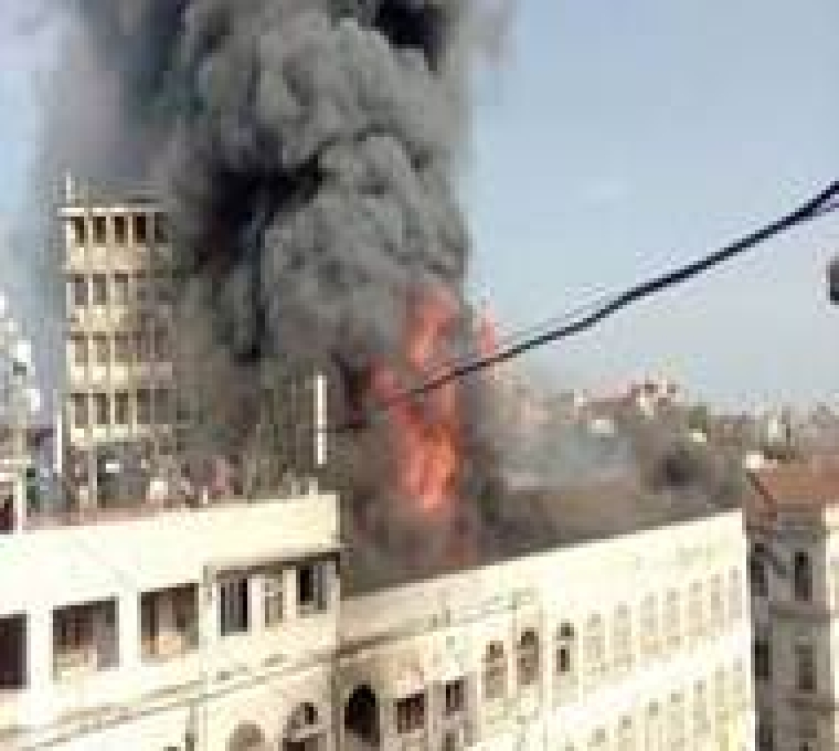 Colaba Fire MCGM dump hawkers goods business facing loss