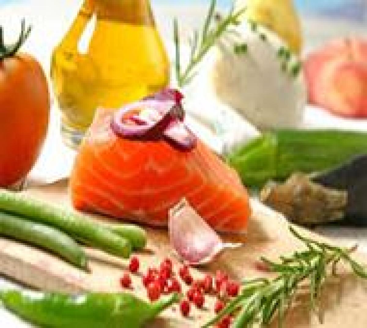 Follow Mediterranean diet to lose weight