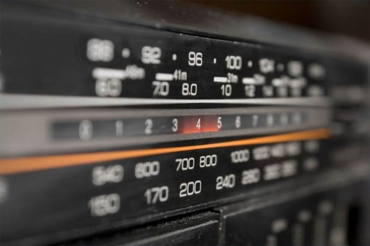 Private FM channels can air All India Radio news
