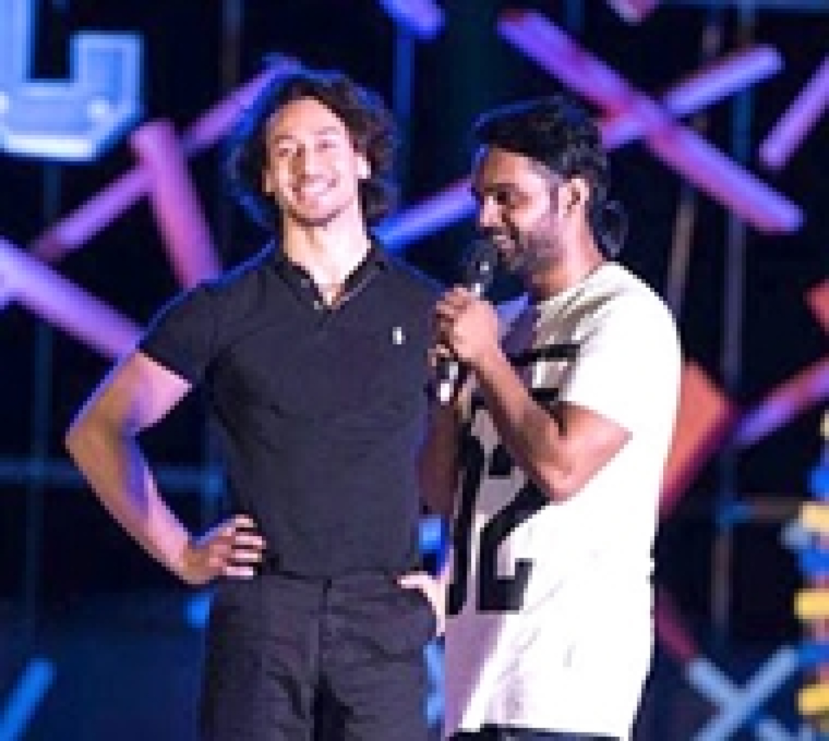 Tiger Shroff sets a world record in dance