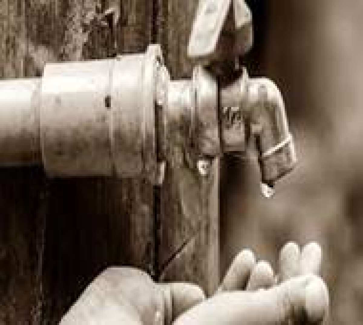 Indore: Supply hit in colonies connected to 24 tanks