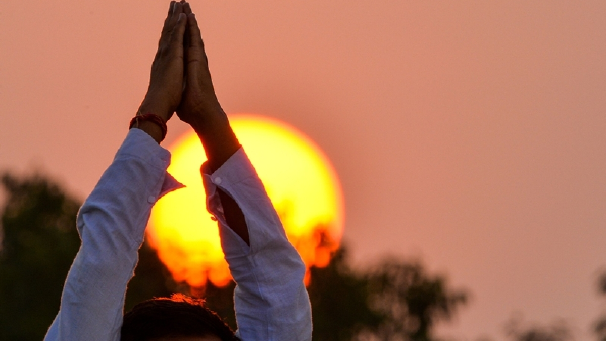 Guiding Light: Science and Yoga