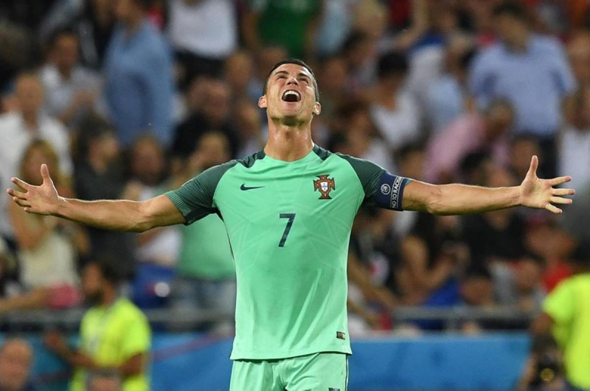 Ferguson backs Ronaldo to win Ballon d'Or