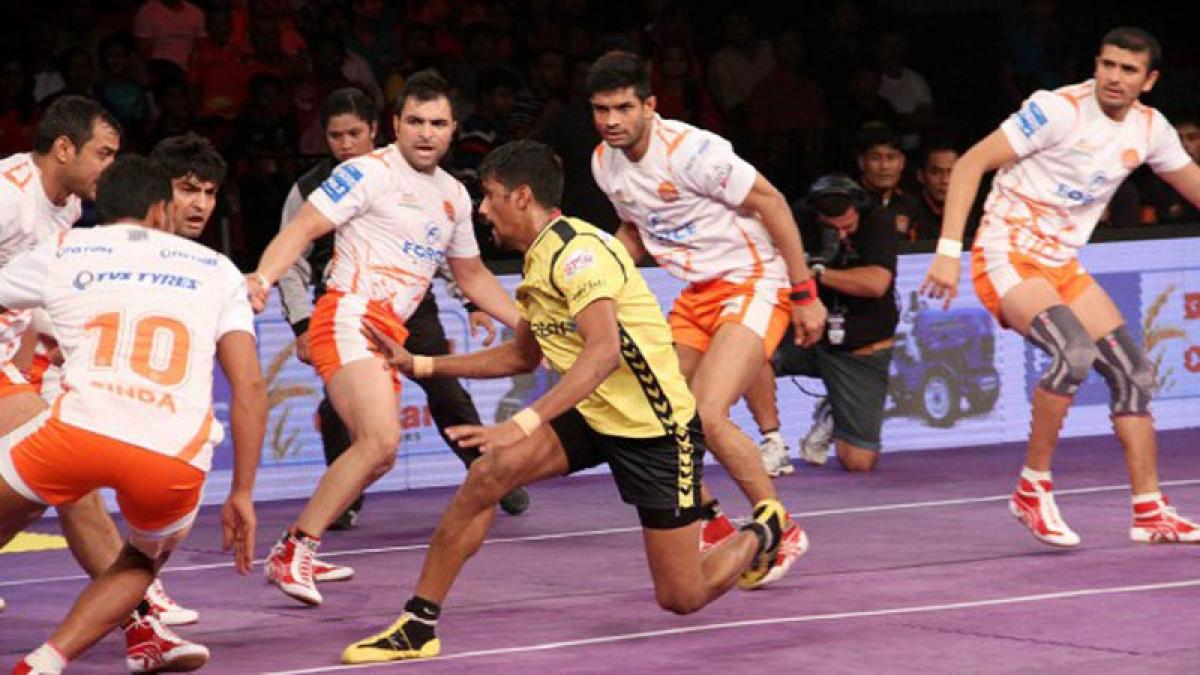 Telugu Titans beat Puneri Paltan 32-29