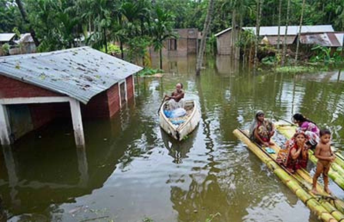 Floods hit over 6 lakh in 14 Assam districts