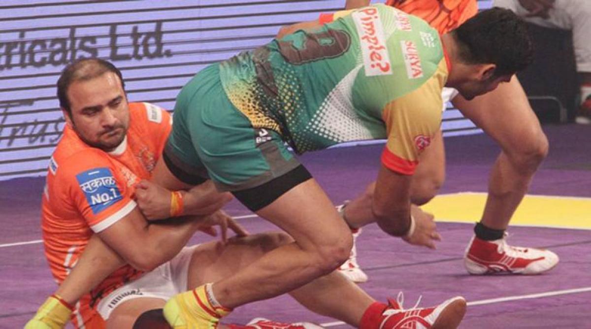 It's Patna vs Panthers final