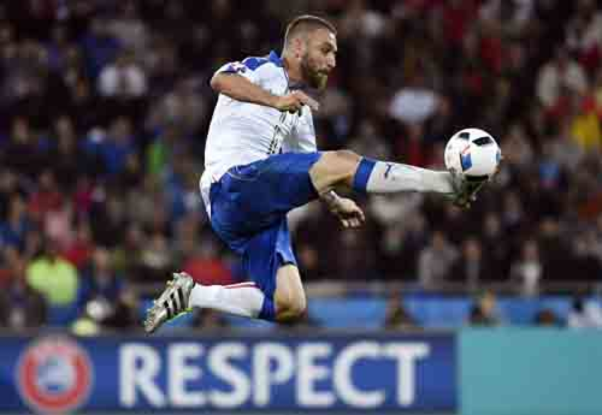 Italy's De Rossi set to miss Germany clash