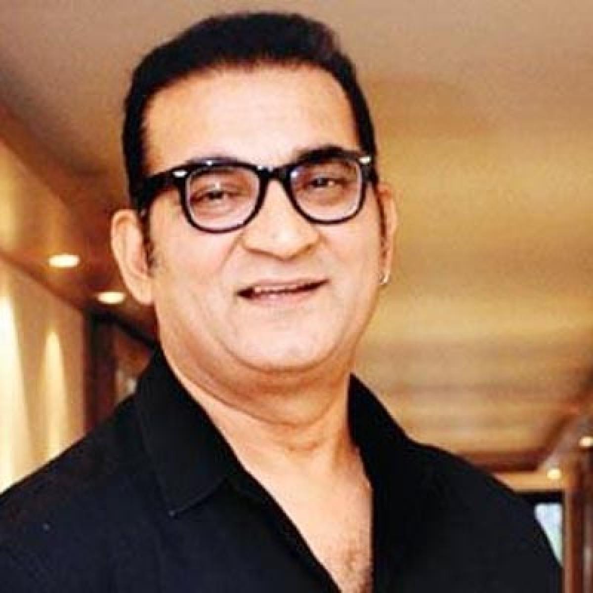 Mumbai AAP leader Preeti Sharma registers case against singer Abhijeet