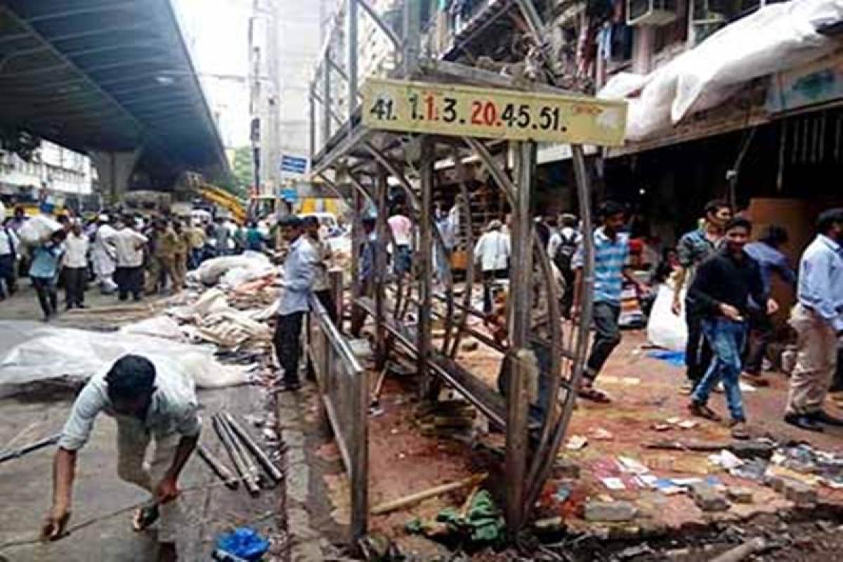 Operation illegal construction demolish continues in Mumbai city