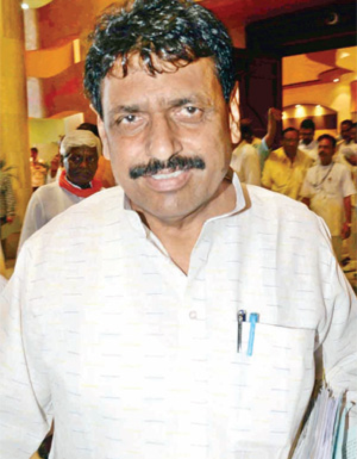 MoS, BJP MLAs gherao mining minister in House