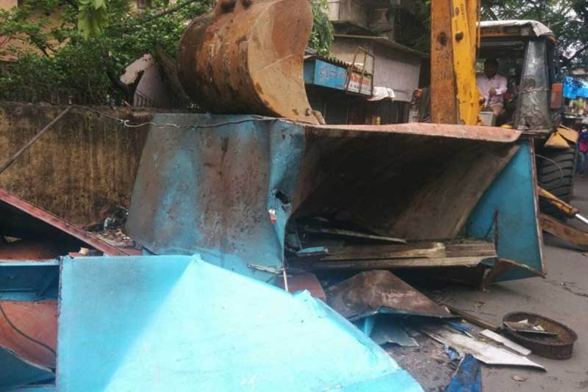 MCGM demolition drive: Roads in H ward get breathing space