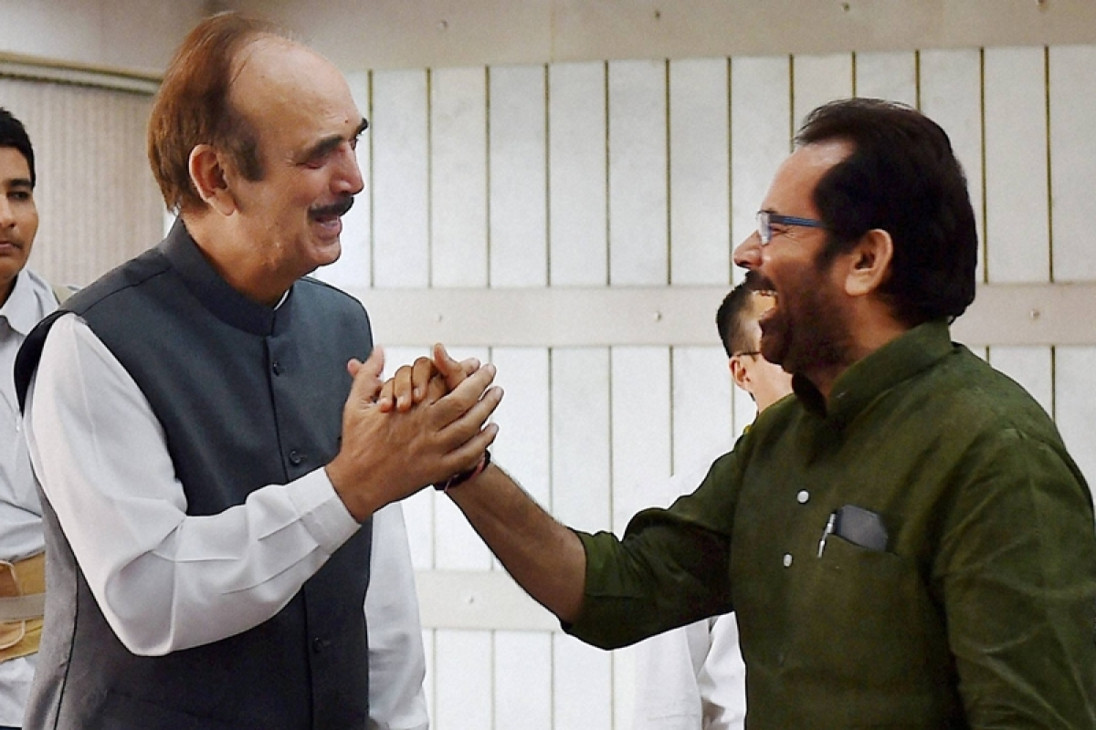 New Delhi:  MoS for Parliamentary Affairs  Mukhtar Abbas Naqvi and Congress leader Ghulam Nabi Azad at an all-party meeting ahead of the monsoon session, at Parliament House in New Delhi on Sunday. PTI Photo by Kamal Singh(PTI7_17_2016_000085B)