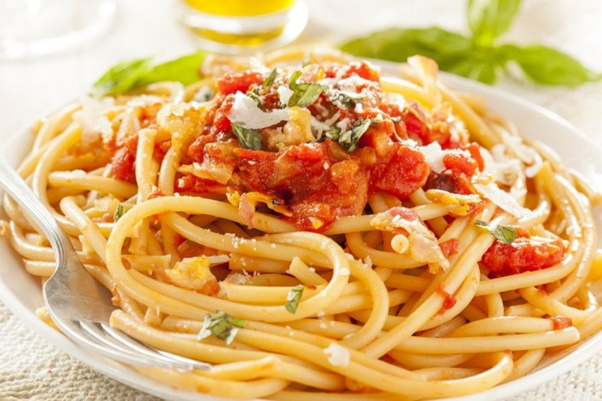Pasta actually does not fatten you