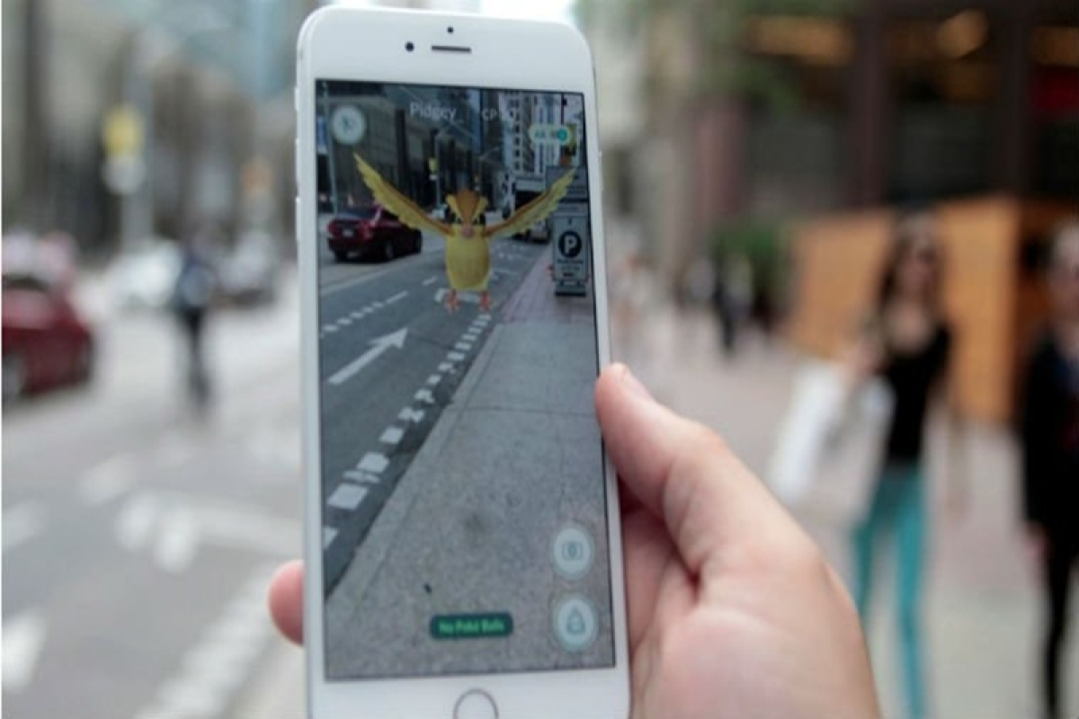 Pokemon GO may make your smartphone thicker