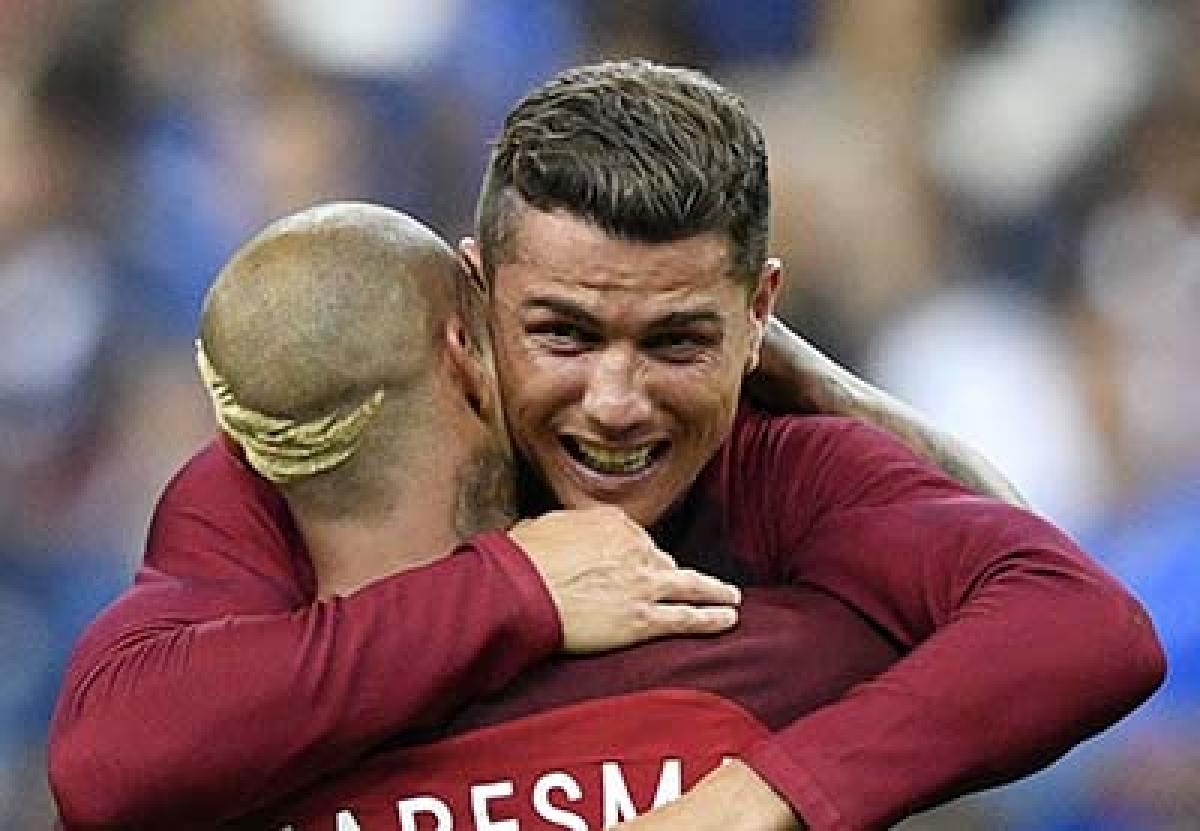 Cristiano Ronaldo 'tricks for Portugal