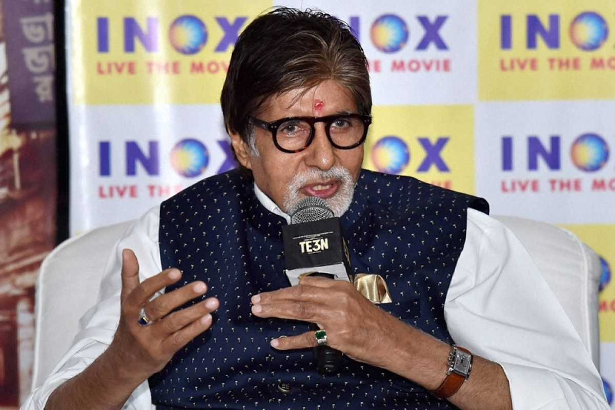 Kolkata: Bollywood actor Amitabh Bachchan during promotion of his upcoming film ' TE3N' in Kolkata on Wednesday evening. PTI Photo by Swapan Mahapatra(PTI6_8_2016_000181B)