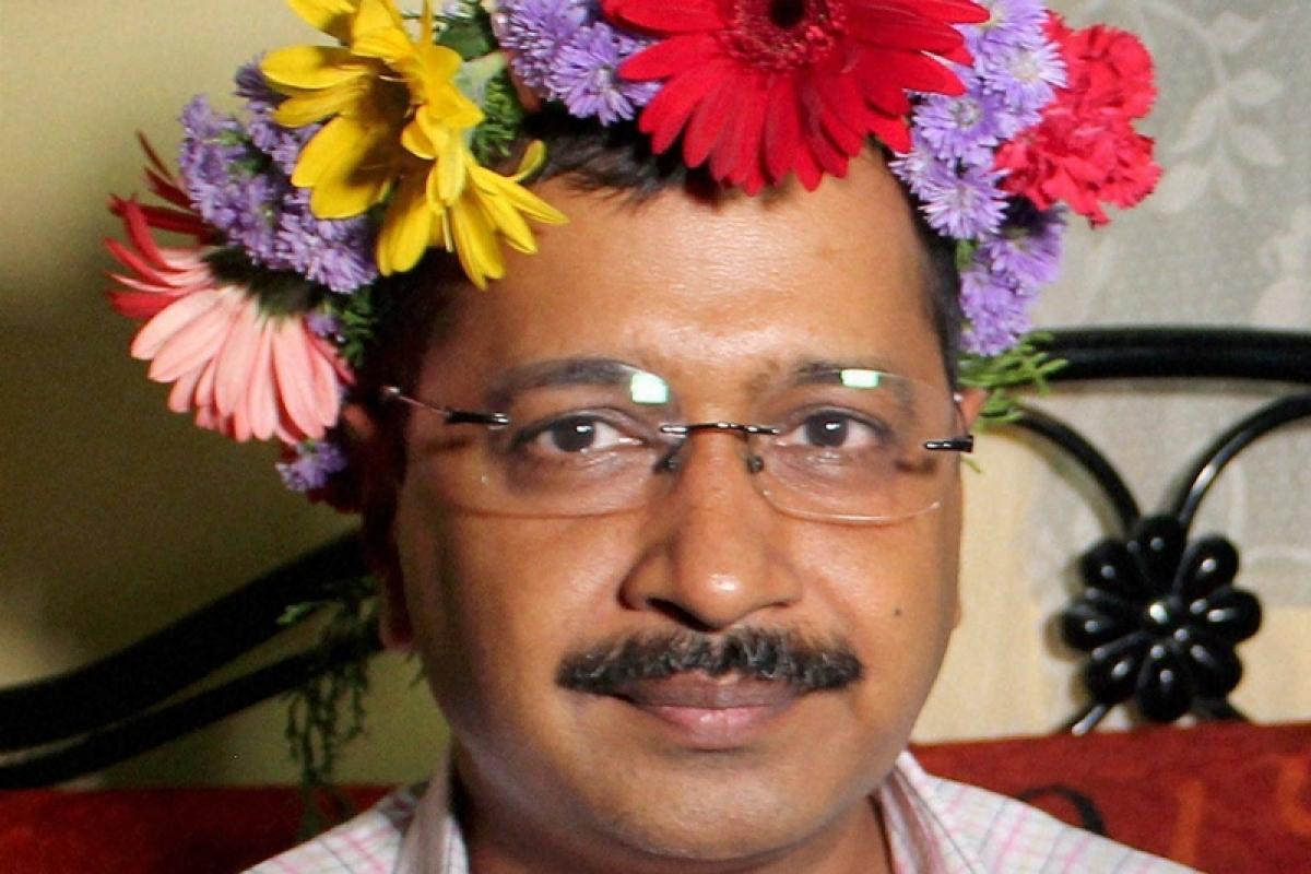 CBI arrests Kejriwal's key aide with corruption