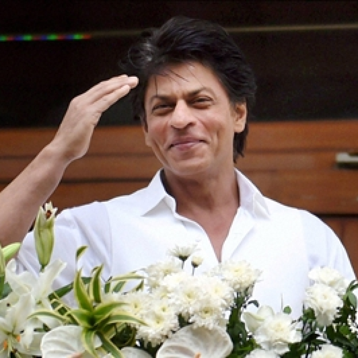 Shah Rukh Khan marks 27 years in Indian Cinema, thanks to fans