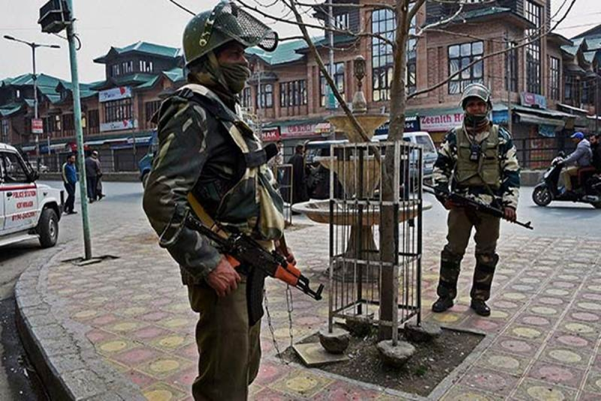 Curfew, restrictions continue in Kashmir