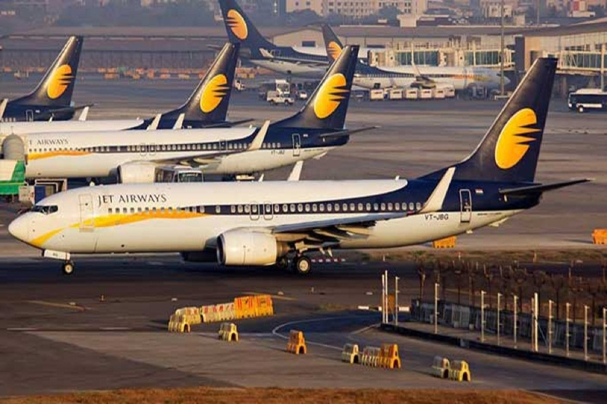 Shiv Sena asks government to take over Jet Airways