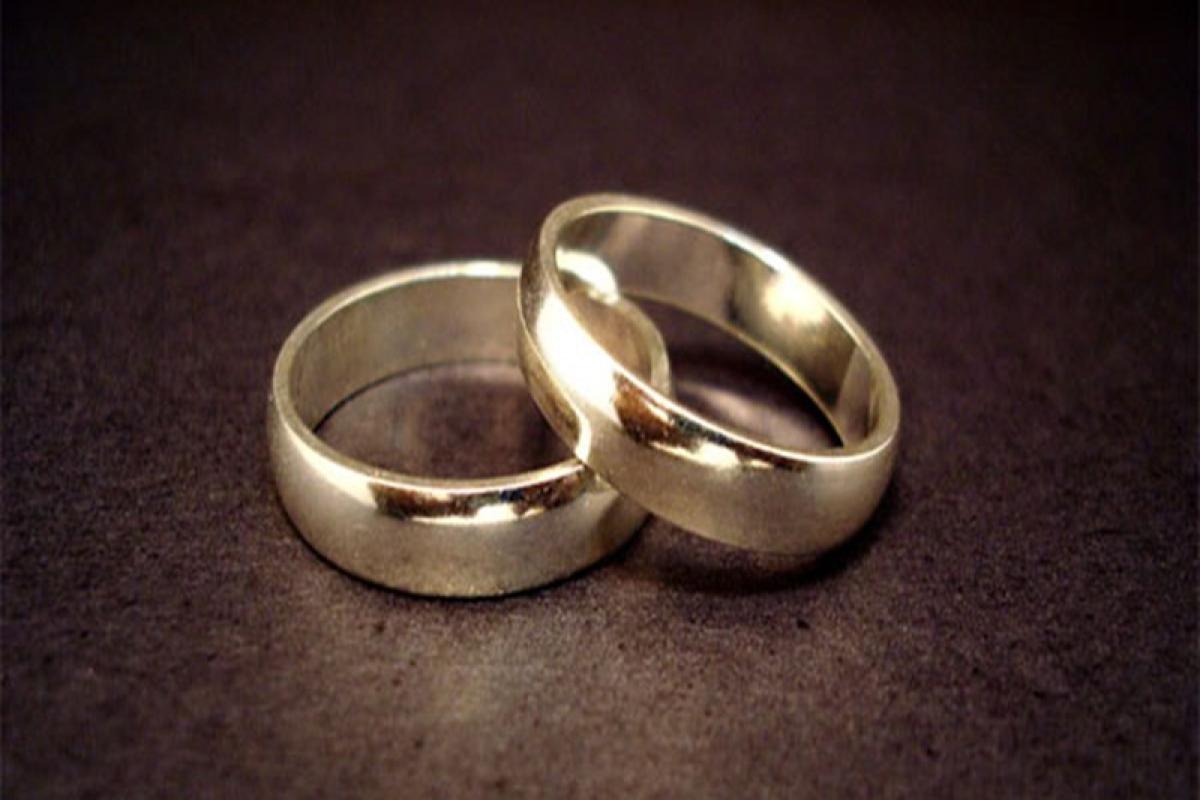 Lesbian Hindu, Jewish women wed in Britain