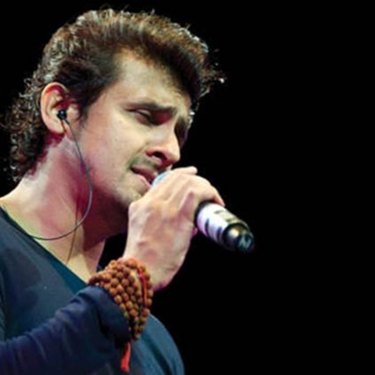 Sonu Nigam trolled for his 'masterstroke logic' connecting PM Modi's Janata Curfew with coronavirus
