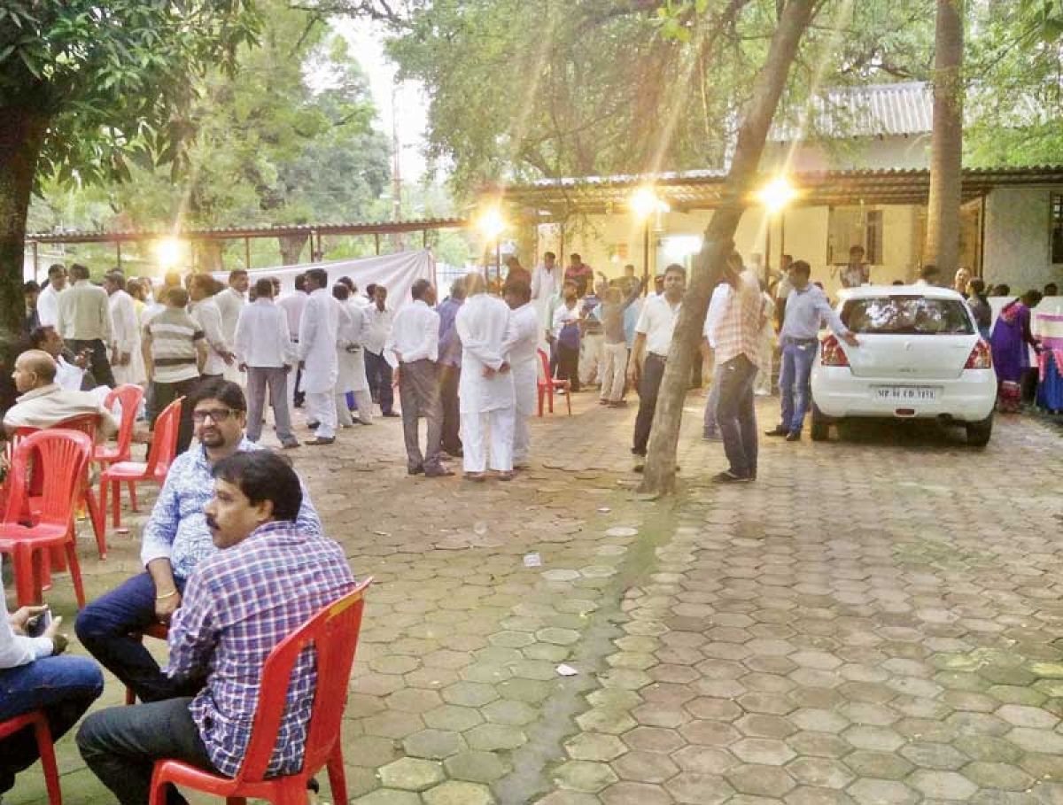 The left outs cry foul; Rotel supporters raise slogans against CM