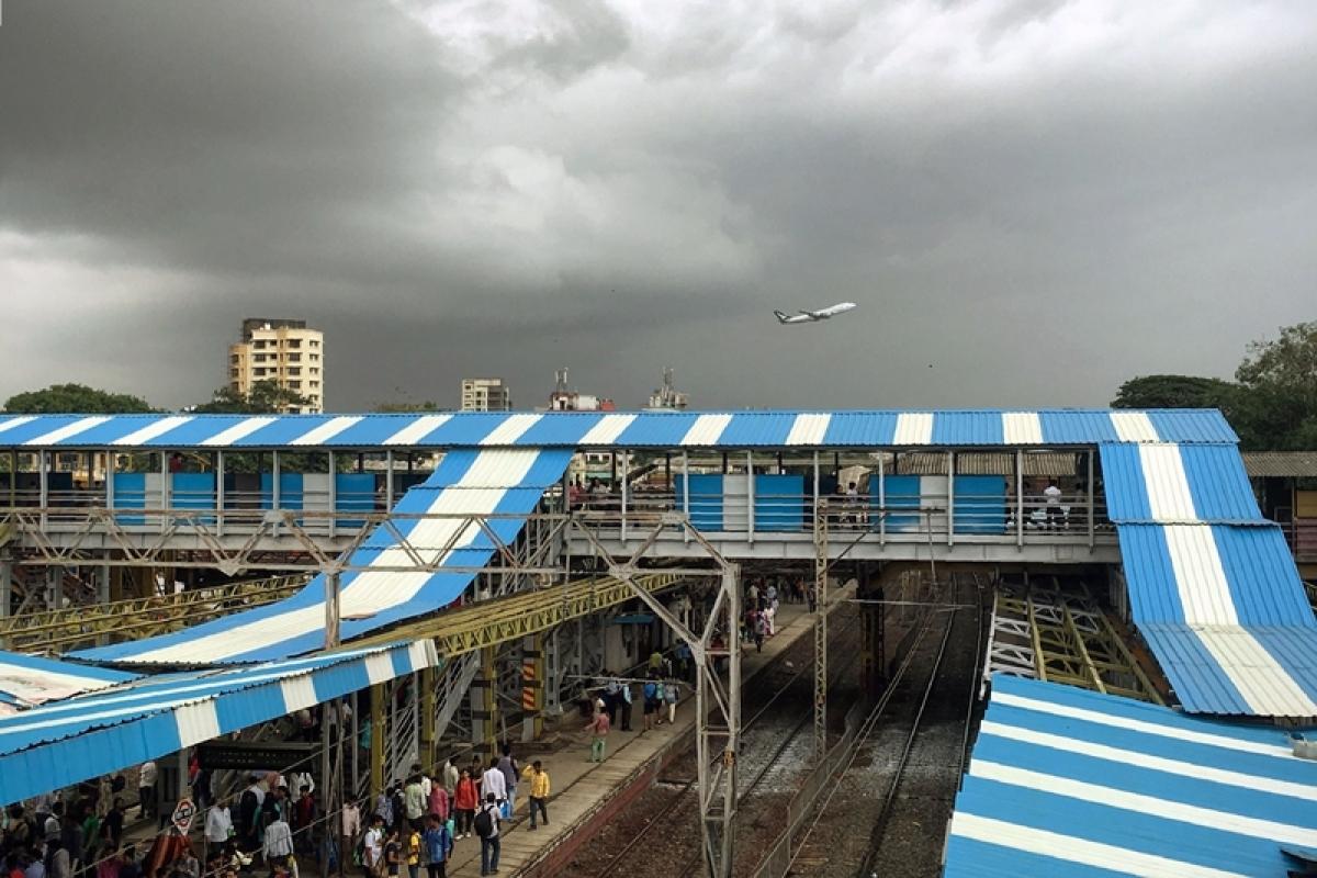 Mumbai: FOB toward CSMT-end at Kalyan station to be shut for two months
